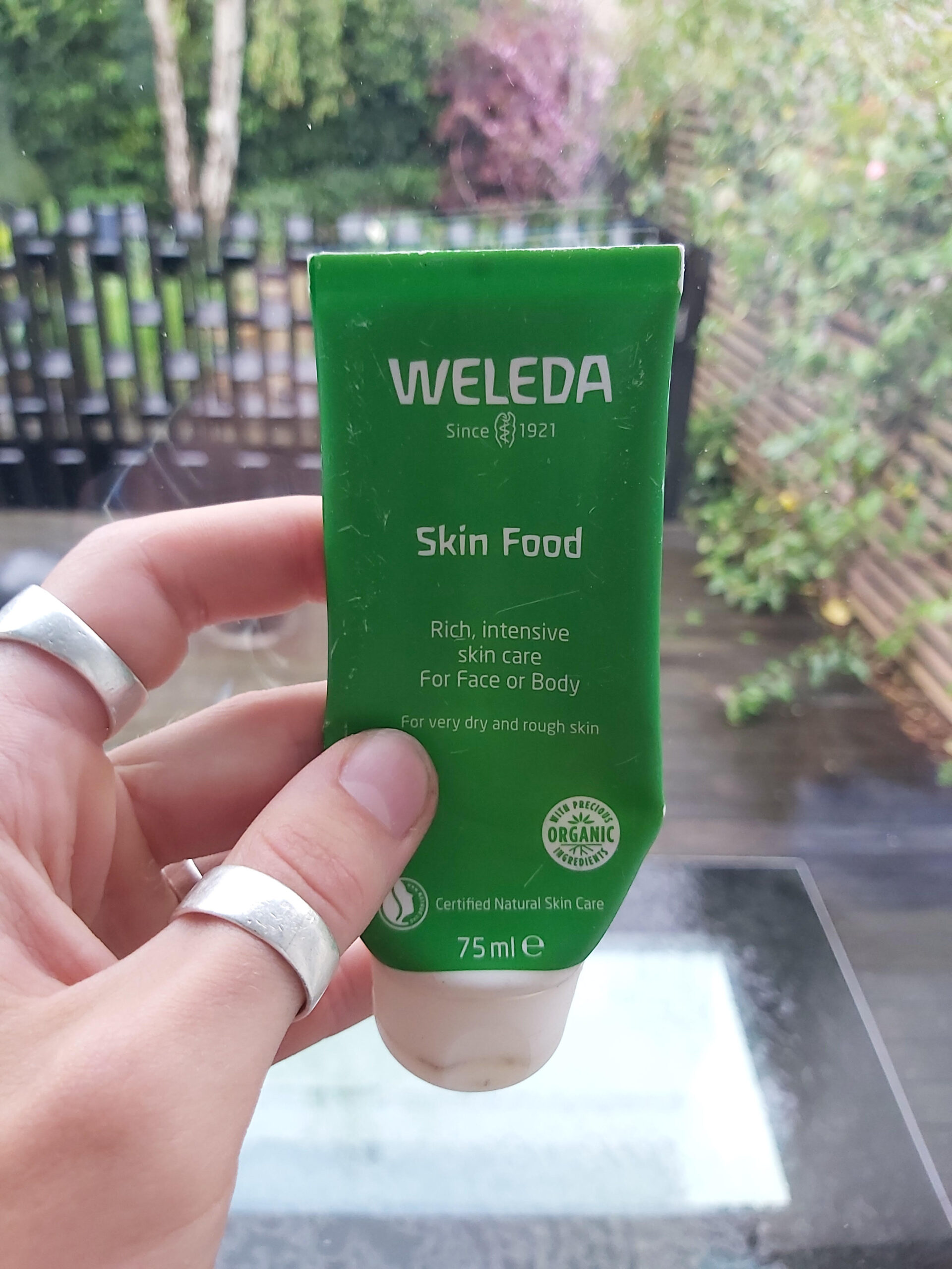 03. Weleda Skin Food